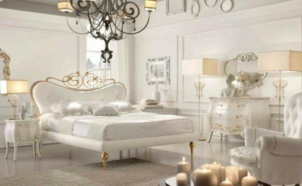 ultramodernes-Schlafzimmer-in-Weiß-und-Gold