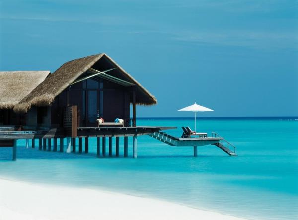 urlaub-malediven-reisen- malediven-reise-ideen-für-reisen-urlaub-auf-den-malediven