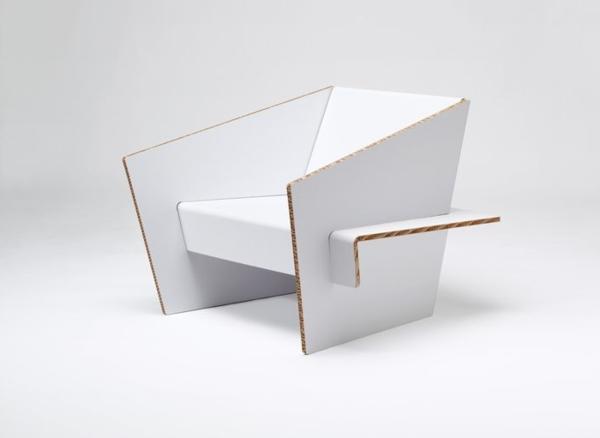weißer-sessel-aus-karton-karton-pappe-pappe-möbel-sofa-aus-pappe-