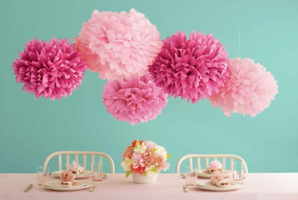 wunderschöne-Papierblumen-als-Küchendekoration-resized