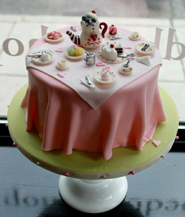 wunderschöne-tortendekoration-torten-verzieren-torten-deko-torte-backen-torten-kaufen