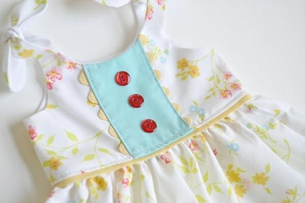 wunderschönes-babykleid-babykleidung-online-babyklamotten-günstige-babykleidung-babykleid