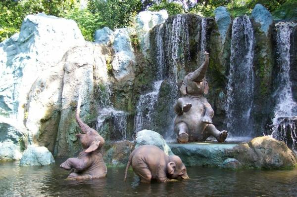 wunderschönes-natürliches-foto-vom-baby-elefant