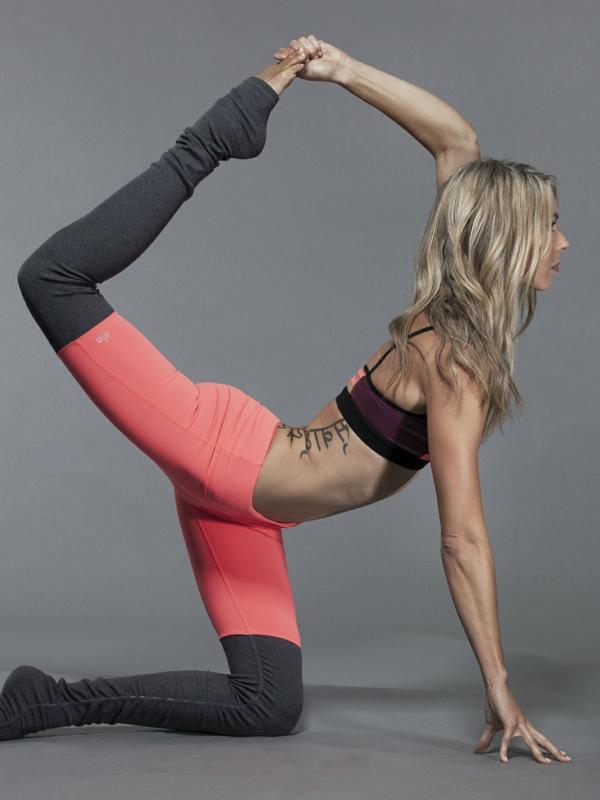 zweifarbige-Yoga-Hosen-resized
