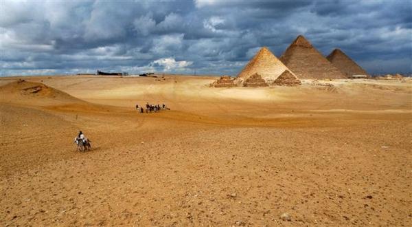 Ägypten-Reise-super-tolles-bild - große pyramiden