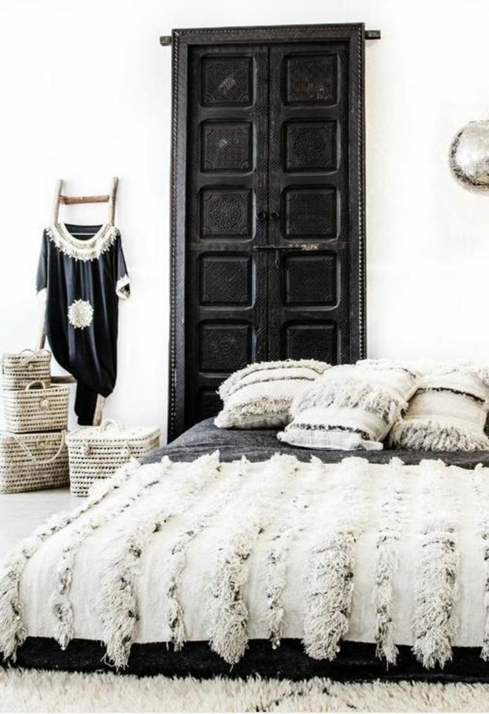 Boho-Design-Schlafzimmer-schwarz-weiß
