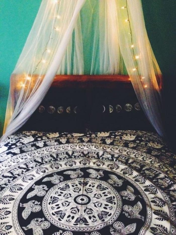Boho-Schlafzimmer-Mandala-Bett-Baldachin