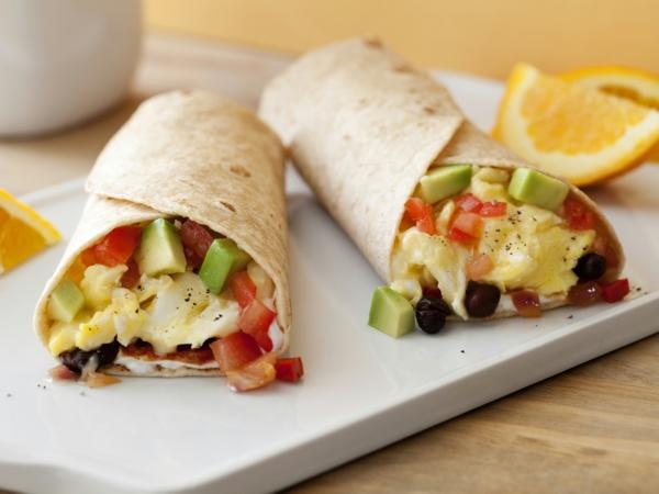 Burrito-zum-Frühstück-Ideen-für-brunch-brunchen-ideen-rezepte-zum-brunchen