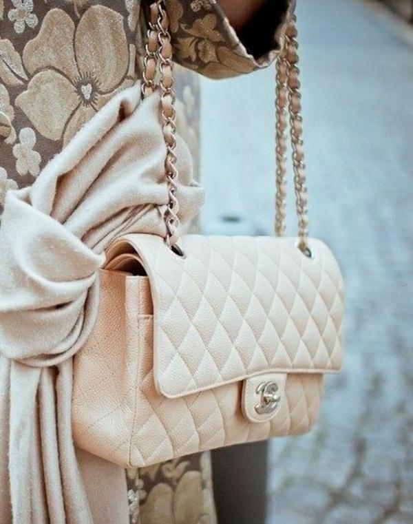 Chanel-Tasche-Pastellfarbe