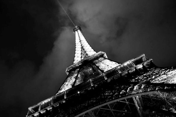 Eiffelturm-Nacht-Foto