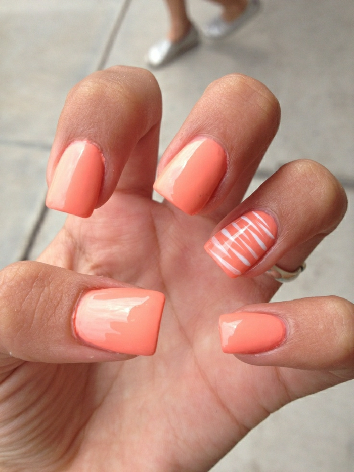 Gel-Nägel-Koralle-Farbe-Dekoration