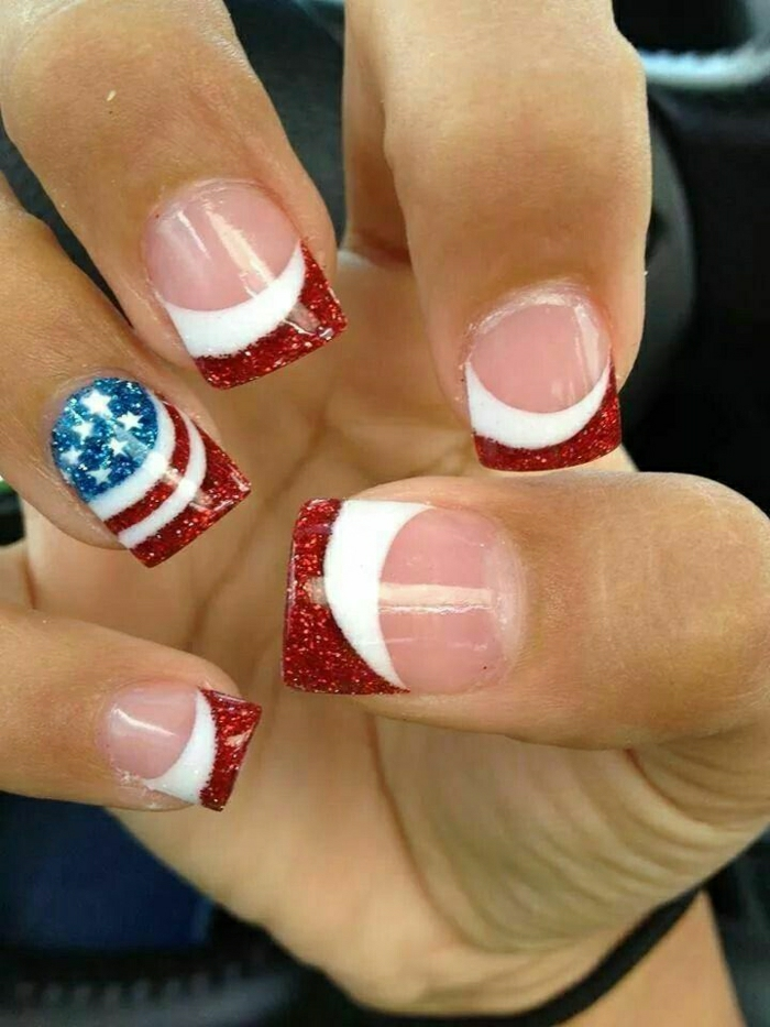 Gel-Nägel-amerikanische-Flagge-Inspiration