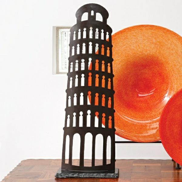 Pisa-Turm-schwarze-Skulptur