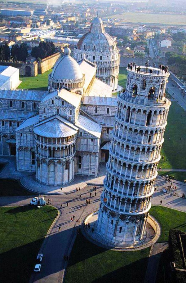 Pisa-Turm-Ansicht-von-oben