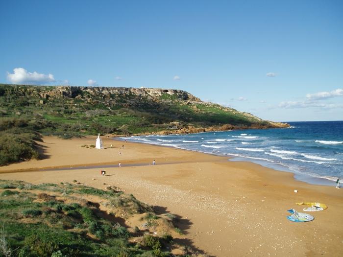 Ramla_Bay_Malta-schönste-strande-die-schönsten-strände-in-europa-coole-bilder