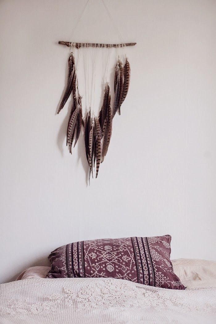 Schlafzimmer-Ideen-Traumfänger-Boho-Kisse