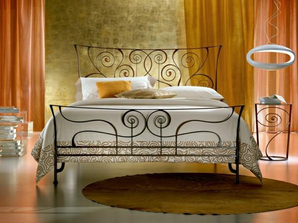 Schlafzimmer-modernes-Design-Leuchte-Bett-Nachttisch-orange-Gardinen