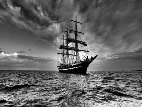Segelboot zeichnung schwarz  60 Meisterwerke der schwarz weiß Fotografie - Archzine.net