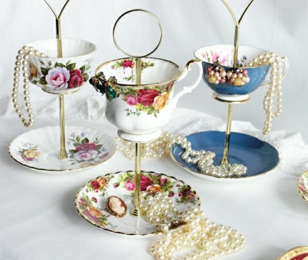 Schmuckständer-Schmuck-Porzellan-Kaffeetassen-Perlen-Rosen-Dekoration