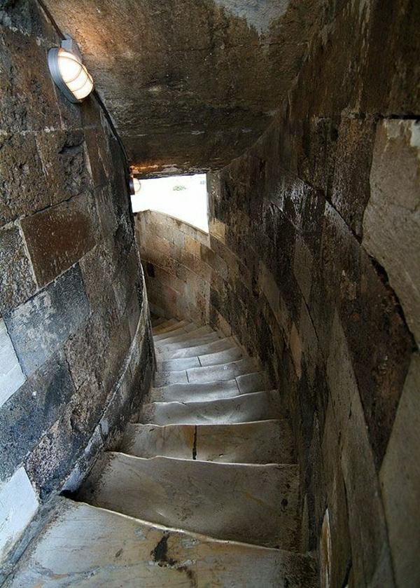 Turm-von-Pisa-Treppe-gefährlich