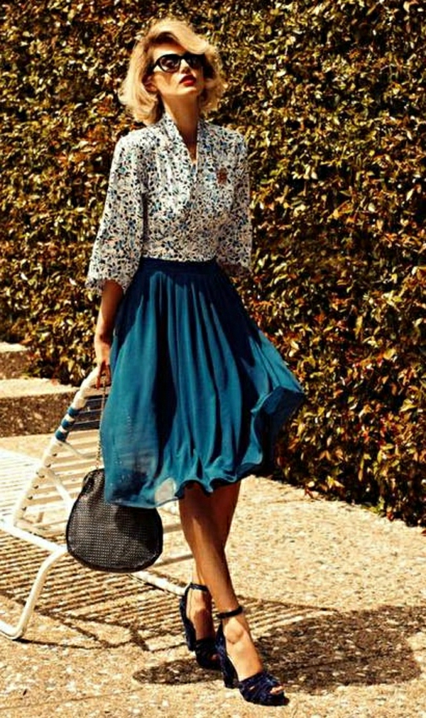 Vintage-Look-Hemd-blauer-Rock-Sonnenbrille