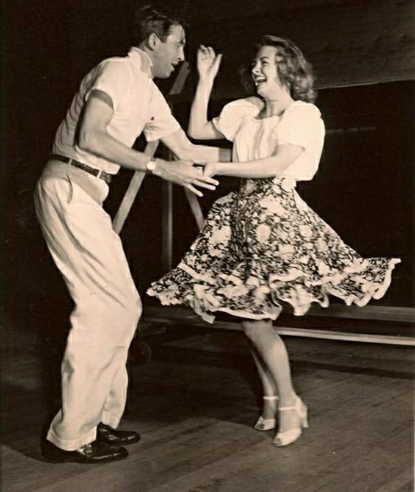Rockabilly-Kleider-Vintage-Swing-Tanz-Paar