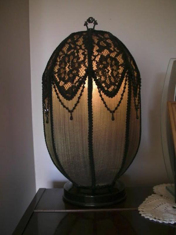 ausgefallene schlafzimmer lampen inspiration f r die gestaltung der besten r ume. Black Bedroom Furniture Sets. Home Design Ideas