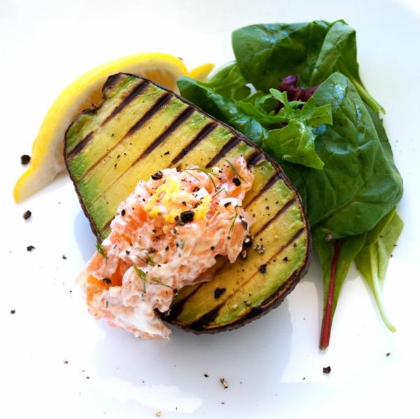 avokado-gesunde-frühstücksideen-leckeres-frühstück-gesundes-frühstück-rezepte-brunch