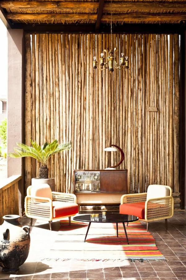 bambus-balkon-attraktive-gestaltung-schöne-möbelstücke