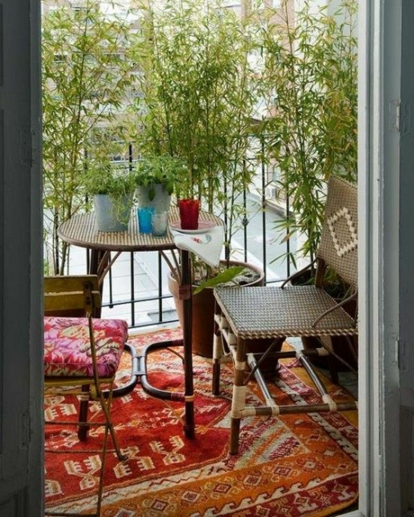bambus-balkon-gemütliches-ambiente