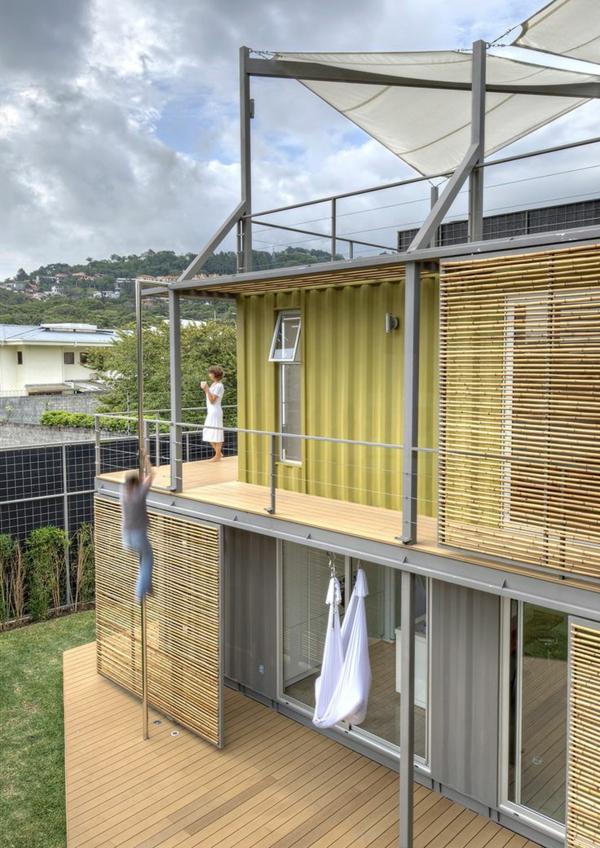 bambus-balkon-super-interessante-ausstattung