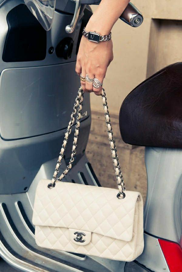 beige-Chanel-Tasche