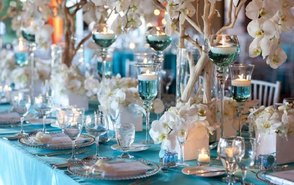 dekoration-in-türkis-farbe-wunderschöne-dekoartikel