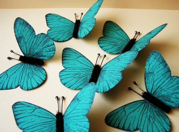dekoration-in-türkis-farbe-wunderschöne-dekorative-schmetterlinge