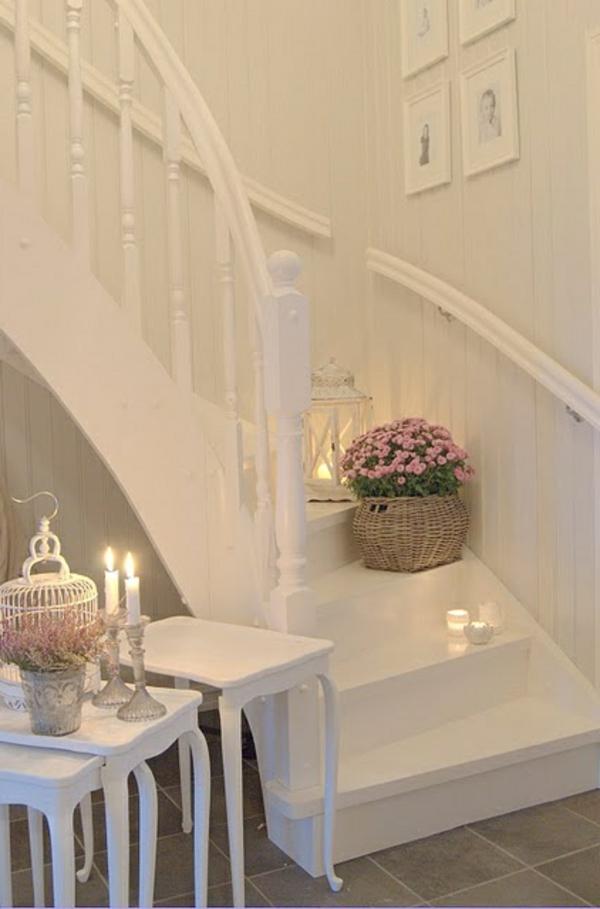 elegante-und-kreative-treppen-beleuchtung