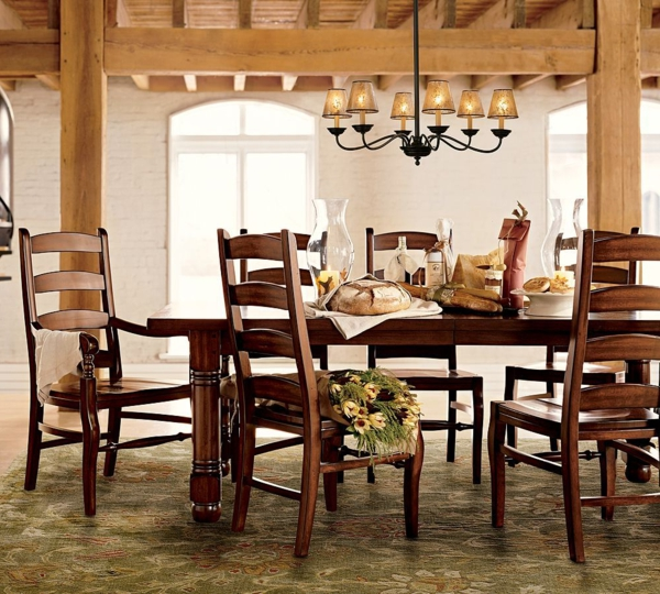 extravagante-wohnideen-für-esszimmer-hölzerne-möbelstücke
