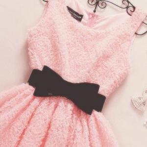 Rosa Kleid - 21 schöne und trendige Modelle