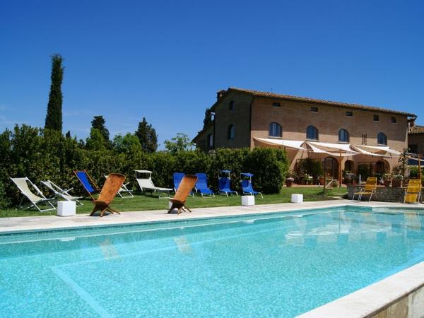 ferienhaus-in-toskana-mit-pool-großes-design