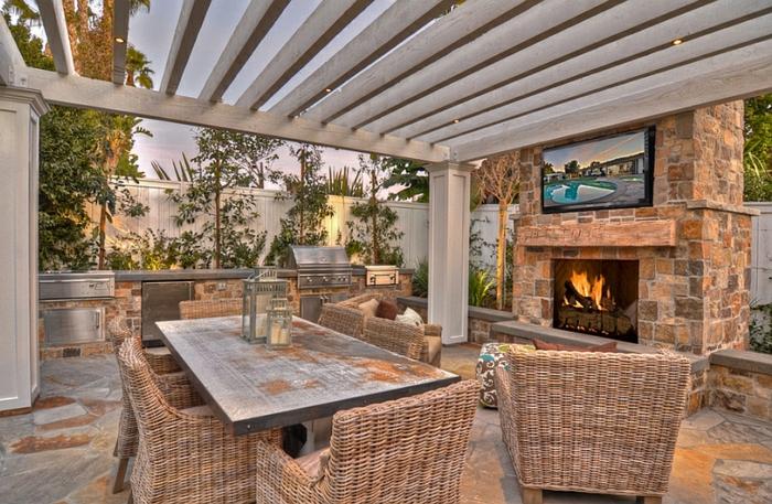 feuerstelle-für-terrasse-interessantes-design-von-möbeln