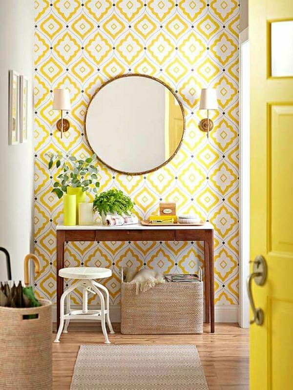 flur-einrichten-flur-gestalten-tapeten-in-gelb