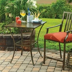 Gartentisch - 21 wunderschöne Ideen für den Außenbereich!