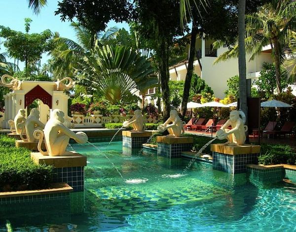garten-pool-exotisch-und-schön
