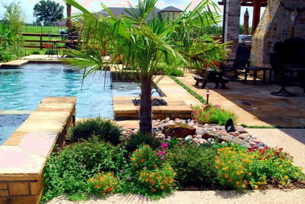 garten-pool-exotische-natur-umgebung- herrliche gestaltung