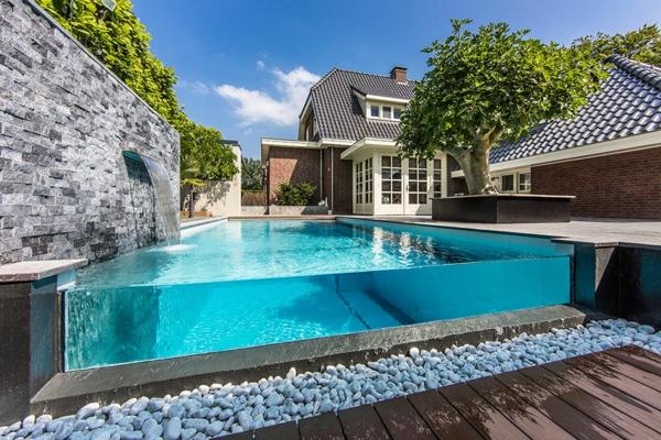 garten-pool-super-luxuriös-aussehen