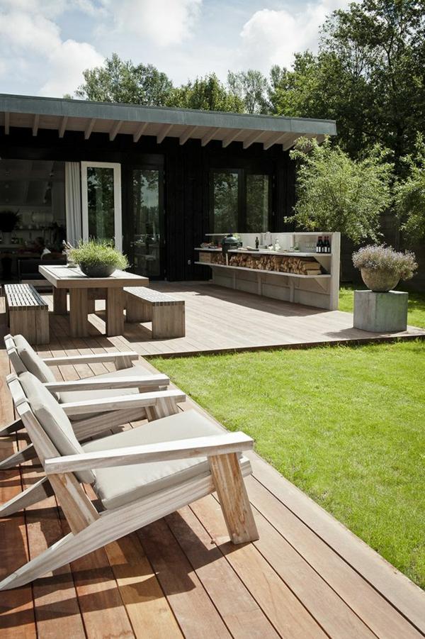 gartenhaus-mit-terrasse-modern-aussehender-garten