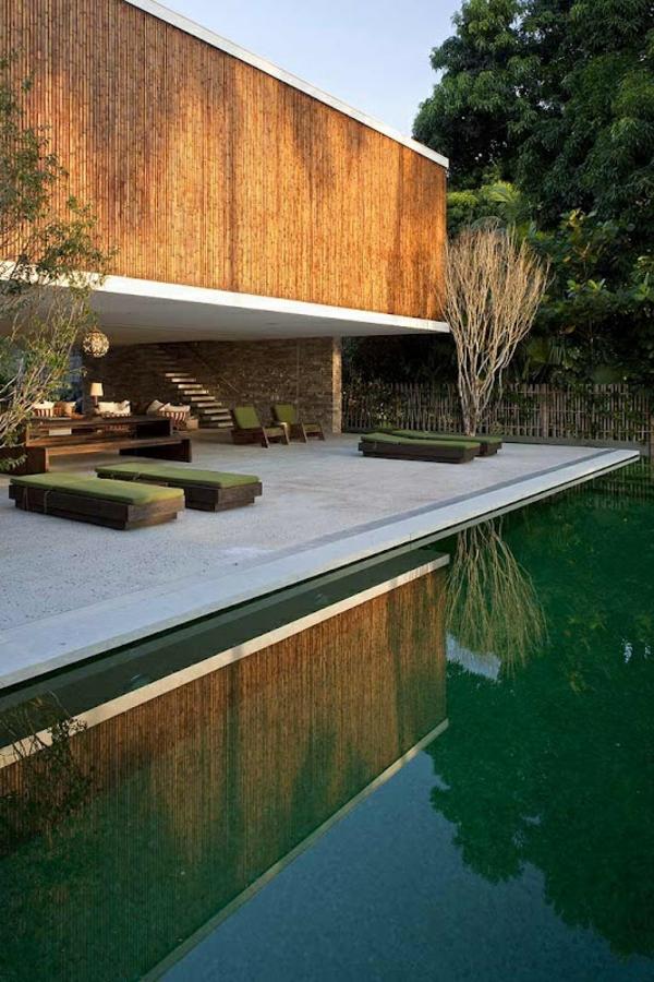 gartenhaus-mit-terrasse-sehr-kreatives-aussehen