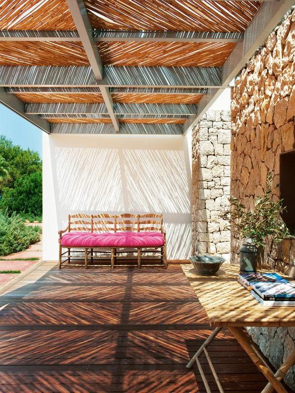 gartenhaus-mit-terrasse-wunderschönes-bild-kreative-gestaltung