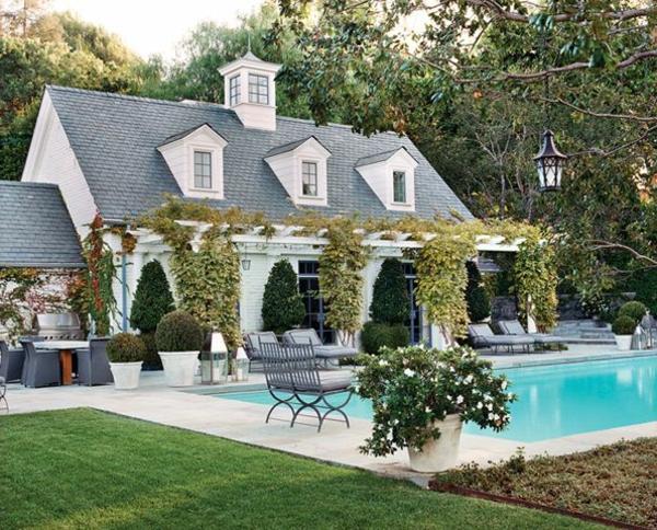 gartenhaus-mit-terrasse-wunderschönes-haus-mit-einem-pool