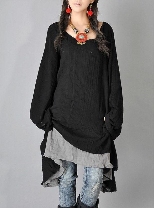 halsketten-für-damen-einfach-angekleidete-frau-in-schwarz