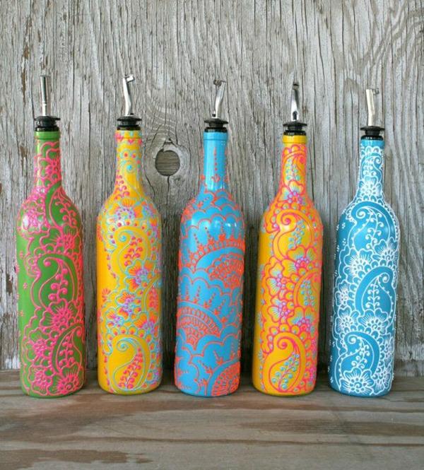 handgemalte-Ölbehälter-farbige-Henna-Dekorationen